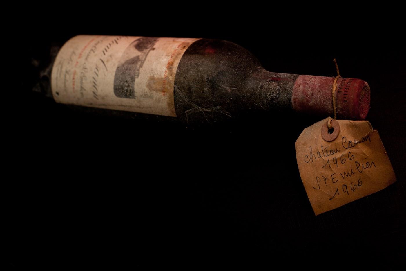 Vin chateau canon 1966